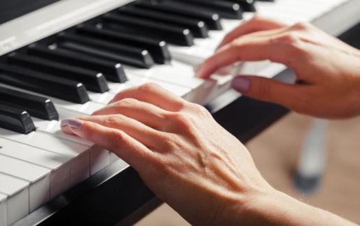 nauka gry na pianinie - prywatna szkoła muzyczna w Łodzi